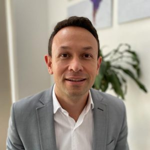 Eduardo Montoya - Director general